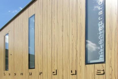 kantoor-aan-huis-zakelijk-aanbouw-woonhuis-woonwijk-trespa