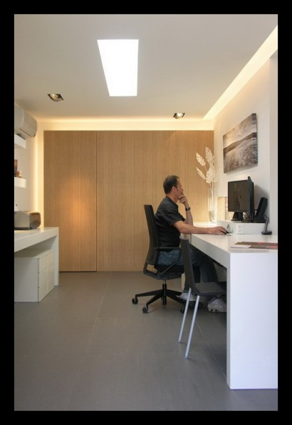 kantoor-ontwerpstudio-kantoor-aanbouw-interieur-werktafel-werkplek-kantoor-klanten