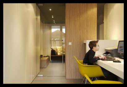 aanbouw-woonhuis-werkkamer-werkblad-glazen deur