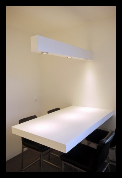 aanbouw-eettafel-huiskamer-lamp op maat gemaakt