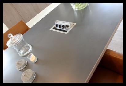 keuken-op maat-modern-strak-stopcontact