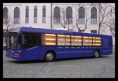 infobus-informatiebus-kaartverkooppunt-promotie-loopplank-rolstoelplank-verlichting