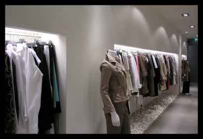 ontwerp-kledingwinkel-damesmode-werktekeningen-inrichting-verlichting-kleding