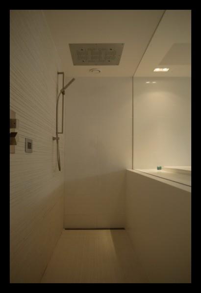 inloopdouche-regendouche-badkamer-douche-inloopdouche-afscheiding-glazen-wand