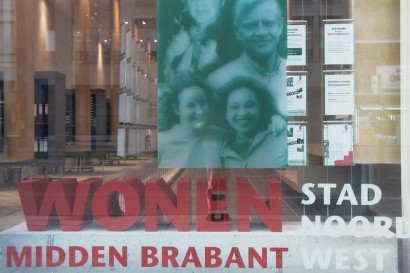 woonwinkel-woningaanbod-spreekkamers-klanten-makelaar