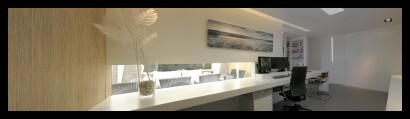 kantoor-ontwerpstudio-kantoor-aanbouw-interieur-werktafel-werkplek-raam-
