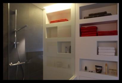 Appartement-Rotterdam-woonkamer-meubels-op-maat-gemaakt-badkamer