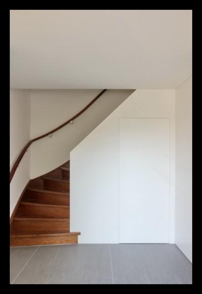 woonkamer-trap-tegels