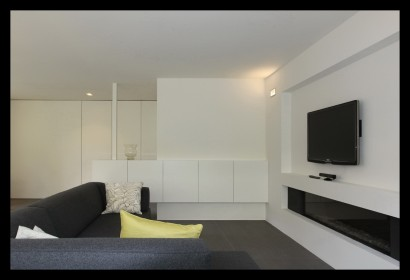 haard-TV-kast-woonkamer-woonhuis-huiskamer-woonkamer-dressoir