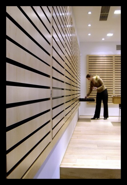 opticien-brillenwinkel-breda-lades-brillen-bijzonder-klant-kasten-verlichting