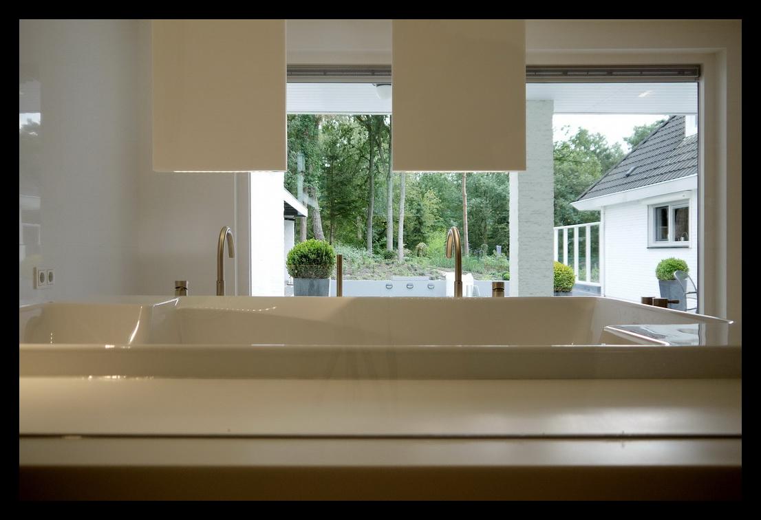 Inloopkast In Badkamer : Inloopkast badkamer en slaapkamer leonardus interieurarchitect