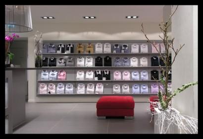 herenmode-kledingwinkel-belettering-ontwerp-inrichting-tegels-kleding-winkelkast-bijzonder-verlichting