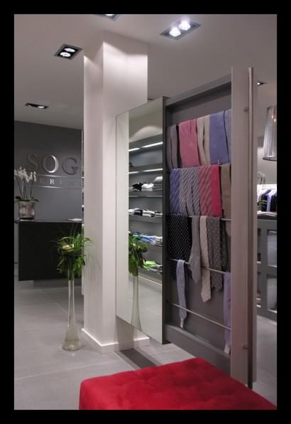 herenmode-kledingwinkel-belettering-ontwerp-inrichting-herenmode-winkel-etalage
