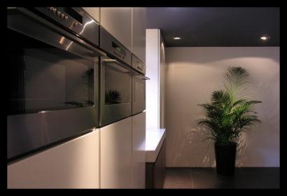 chaletwoning-keuken-inbouwapparatuur-op-maat-gemaakt