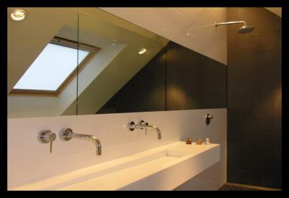 chaletwoning-badkamer-wasbak-op-maat-gemaakt