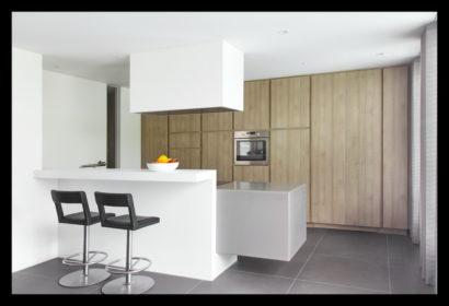 renovatie-verbouwing-vrijstaand-woning-wouw-uitbouw-aanbouw-keuken-kasten-bar-inbouw