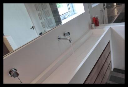 renovatie-verbouwing-vrijstaand-woning-wouw-bovenverdieping-badkamer-wastafel-douche-douchescherm-kranen