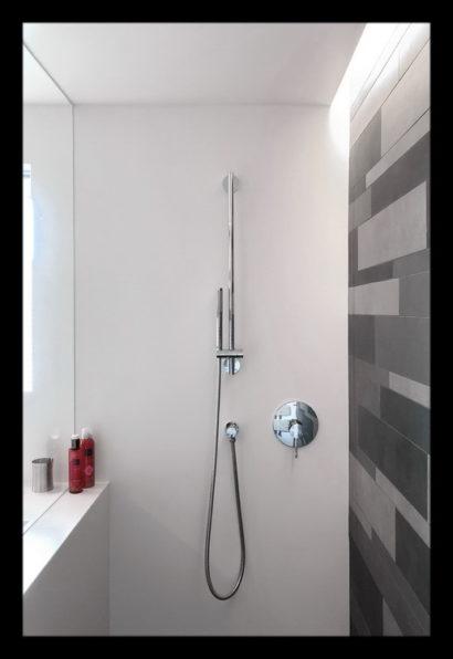 renovatie-verbouwing-vrijstaand-woning-wouw-bovenverdieping-badkamer-douche-douchescherm-kranen